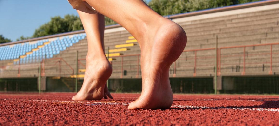 bieganie bez butów bieżnia