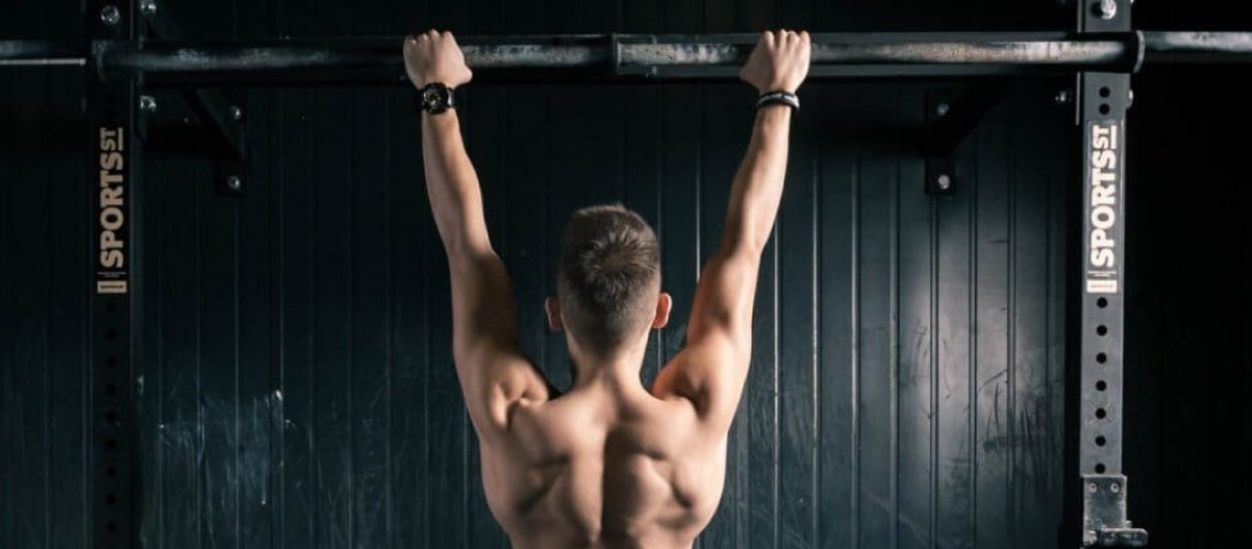 podciąganie najlepsze ćwiczenie na plecy